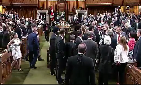 house of commons trudeau brawl mulcair 2016